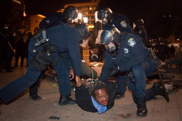 Police brut1